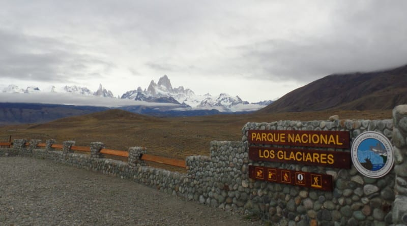Chegada a El Chalten com vista para o grandioso Fitz Roy - Patagônia Argentina